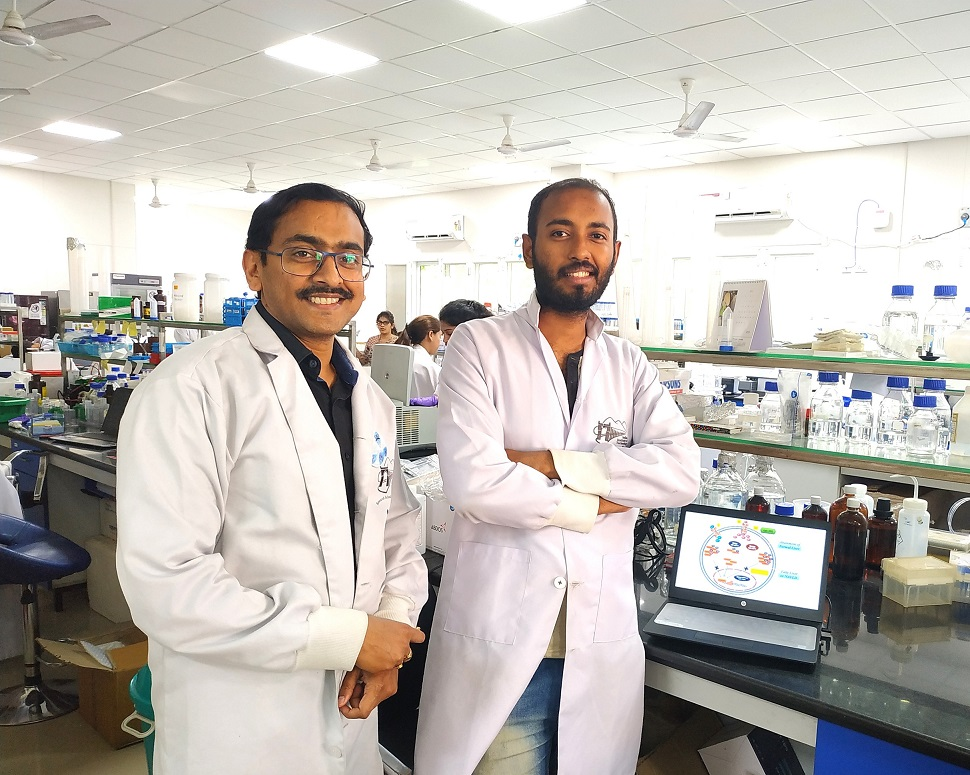 (L to R) Dr. Prosenjit Mondal along with his research scholar Mr. P. Vineeth Daniel