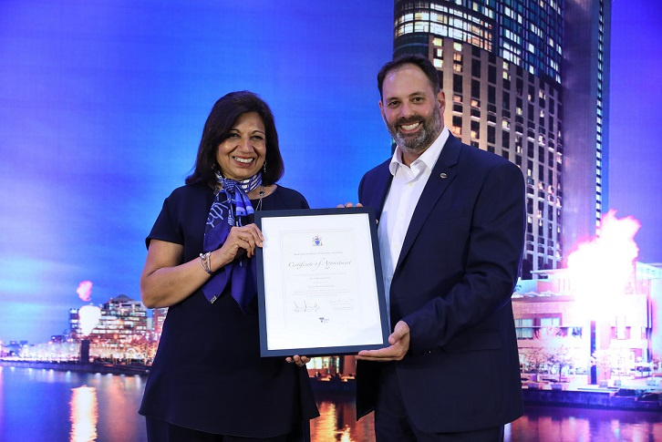 Dr Kiran Mazumdar-Shaw accepts her Certificate of Appointment as Victorian Business Ambassador from Hon Philip Dalidakis, Minister for Trade and Investment, State Government of Victoria, Australia